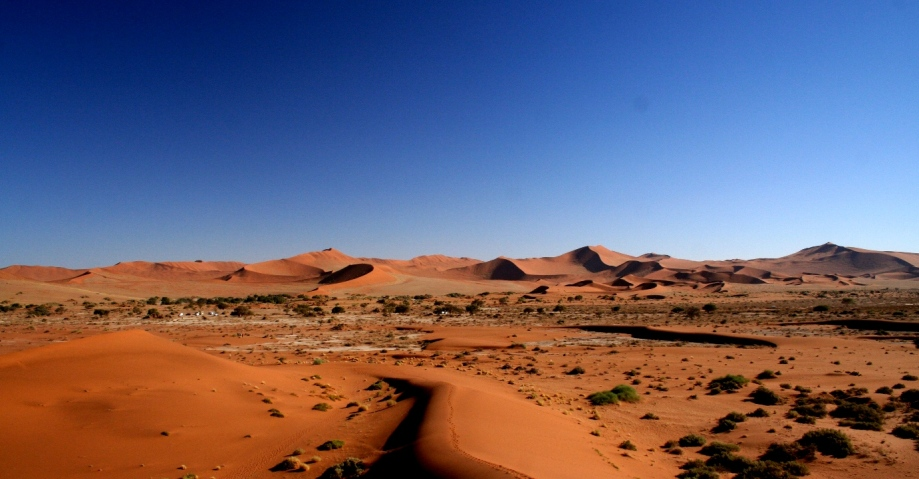 Sand dunes on a luxury 'Namibian Safari