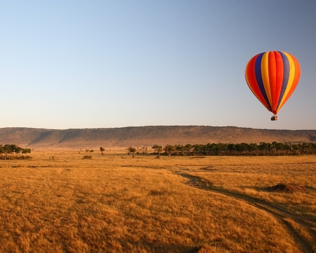 Romantic Balloon flight from Little Governors Camp