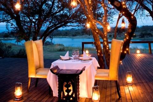 Honeymoon Bush Dinner At Chitwa Chitwa