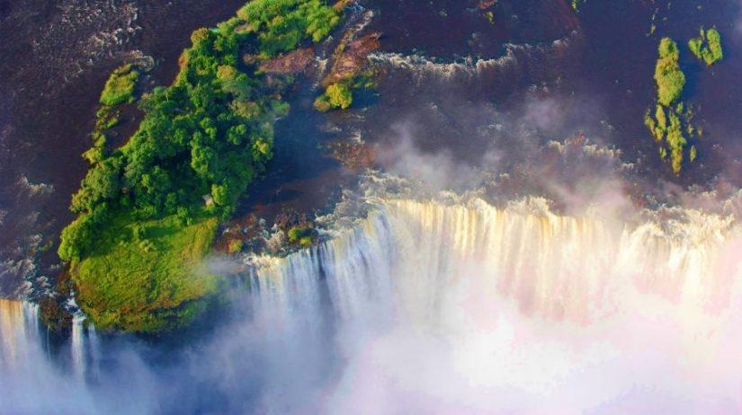 Visiting the Victoria Falls, Zambia