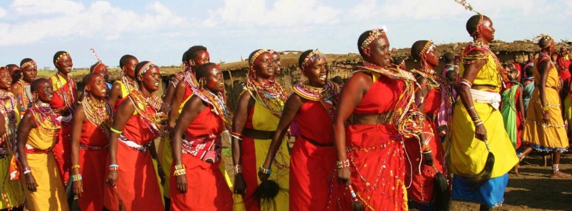 Meeting Maasai Ladies in the Masai Mara
