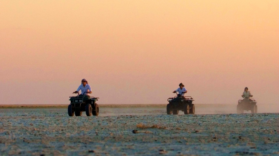 Luxury safari on the Makgadikgadi Pans, Botswana