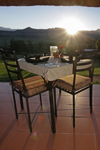 Breakfast at Montusi Mountain Lodge