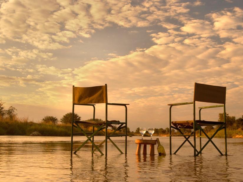 Sundowners in the Mwaleshi River