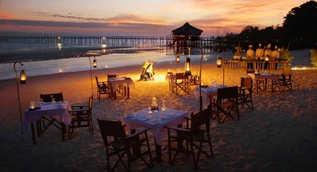 Beach Dinner at Fundu Lagoon