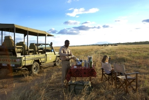 Sundowners from Oliver's Camp