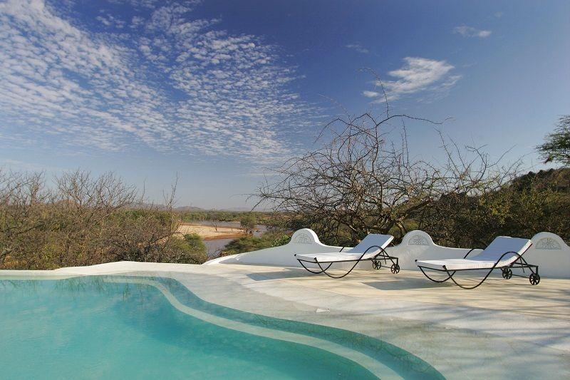 Infinity Pool at Sasaab