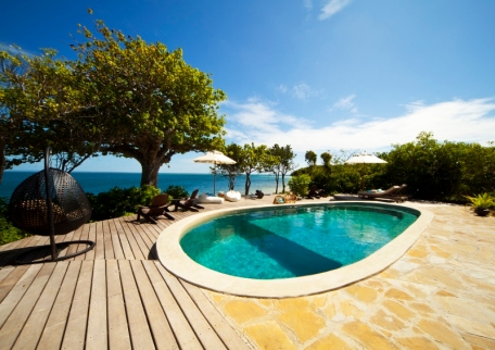 Pool at Azura Quilalea