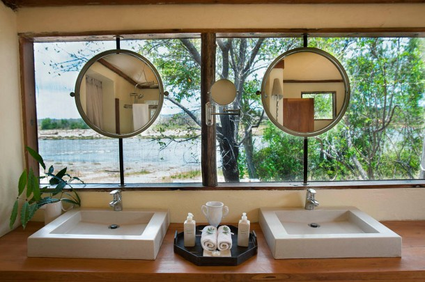 Bathroom at Azura Selous