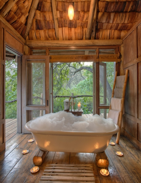 Bath at Lake Manyara Tree Lodge
