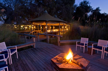 Firepit Little Vumbura, Okavango Delta