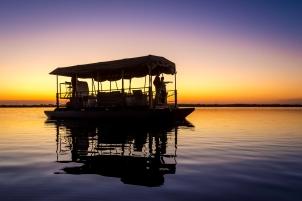 Boat safari Duma Tau Okavango Delta