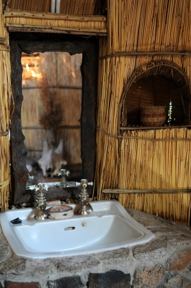 Mwagusi Bathroom