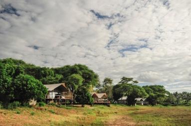 Anabezi Camp