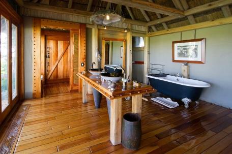 Jao Camp Bathroom