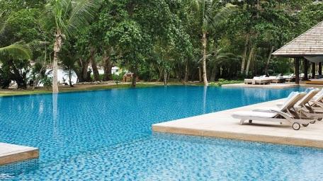 Four Seasons Seychelles Pool