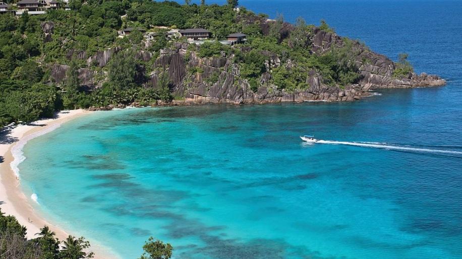 Four Seasons Seychelles Beach