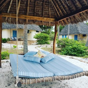 Beach bed and cottage