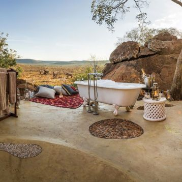 Honeymoon bath at Madikwe Hills