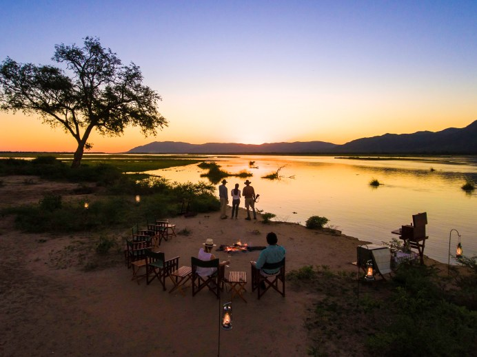 Views over Mana Pools