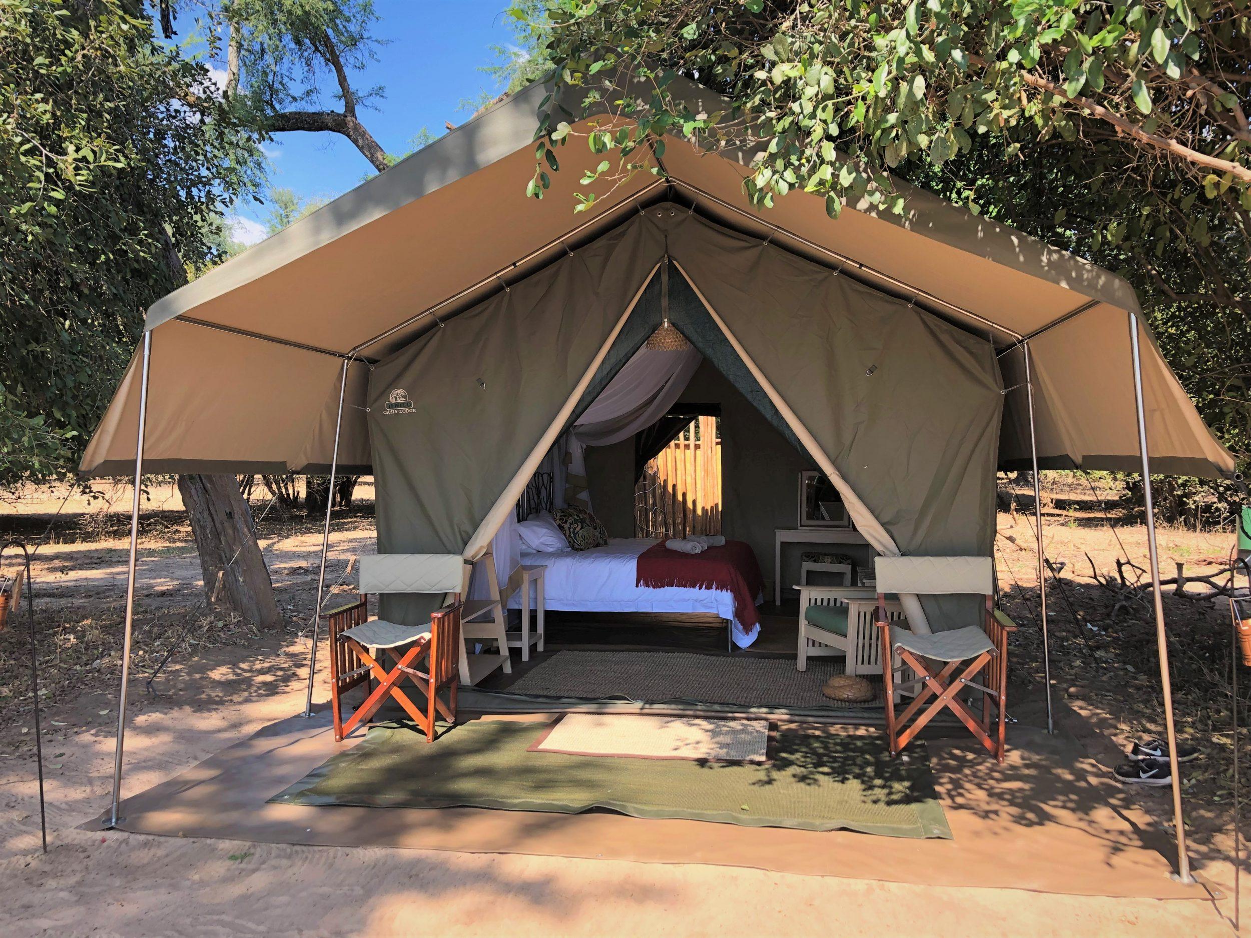 (c) Stretch Ferreira Safaris